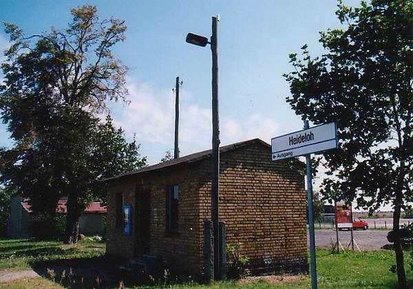 Wartehalle vom Haltepunkt Heideloh.