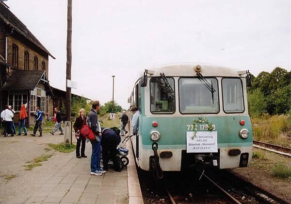 Einen starken Zu- und Ausstieg herrschte am letzten Betriebstag auch im Bahnhof Zörbig.