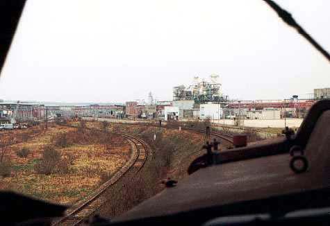 Blick auf die Chemieanlagen zwischen Bitterfeld und Grube Antonie.
