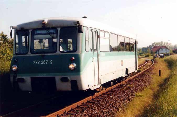 Nach dem Zusammenstoß kam der Triebwagen 772 367 nach ca. 150 m zum stehen.