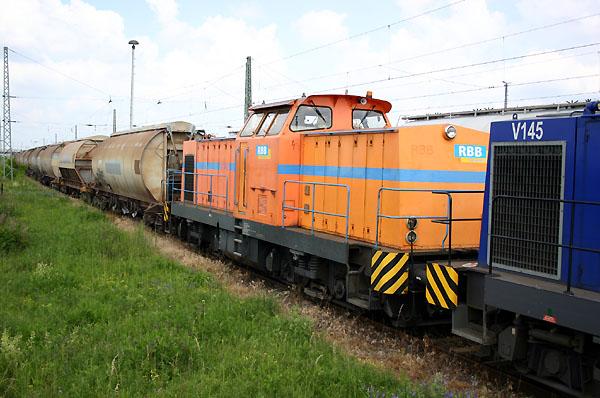 Die V 142 präsentierte sich am 06.06.2004 noch im alten Farbkleid der Vorgängergesellschaft