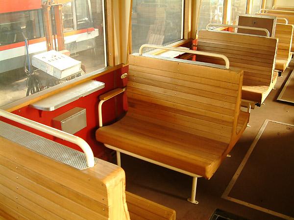 Der Verbrennungstriebwagen (VT) 01 der Anhaltischen Bahn, wird derzeit in mühevoller Handarbeit rekonstruiert. Recht