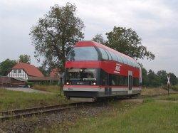 LVT-Szene am Bahnübergang