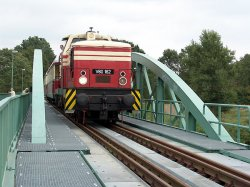 Brückenbauwerk bei Dessau