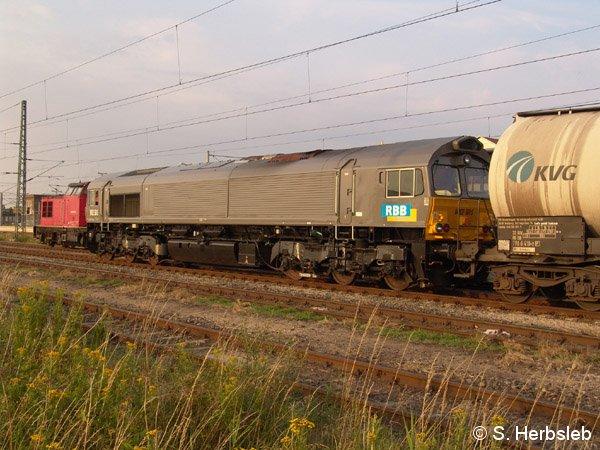 Neuer Lokzugang bei der RBB. Die MRCE 561-5 steht seit Anfang Juli 2005 bei dem Bahnunternehmen im Dienst und bespannt regionale Güterzüge.