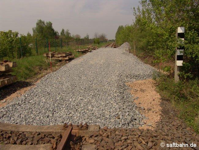 Neuer Weicheneinbindepunkt am Bahnkilometer 14,2, nach den Arbeiten am Schotterunter- und Oberbau.