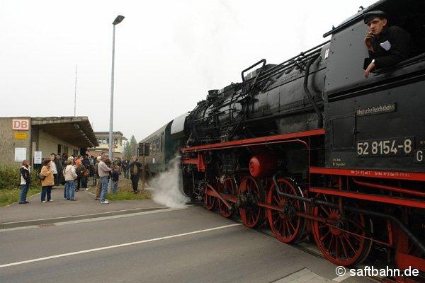 Nachdem Aussteigehalt in Grube Antonie, fuhr der Zug weiter zum Lokumsetzen.