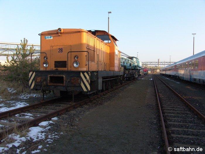 Abgestellte Diesellok V60 der Regiobahn Bitterfeld Berlin GmbH am 08.01.2006 in Bitterfeld Nord.