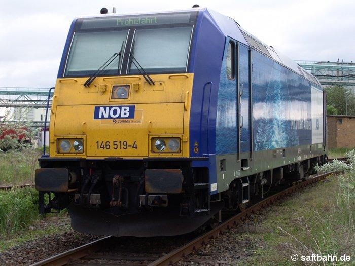 In Bitterfeld Nord war am 21.05.2006 die Connex-Lok 146 519-4 abgestellt.