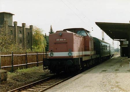 201 004-9