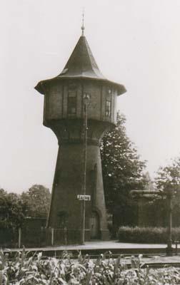 Wasserturm im Bahnhofsbereich Zörbig, im Jahre 1950.